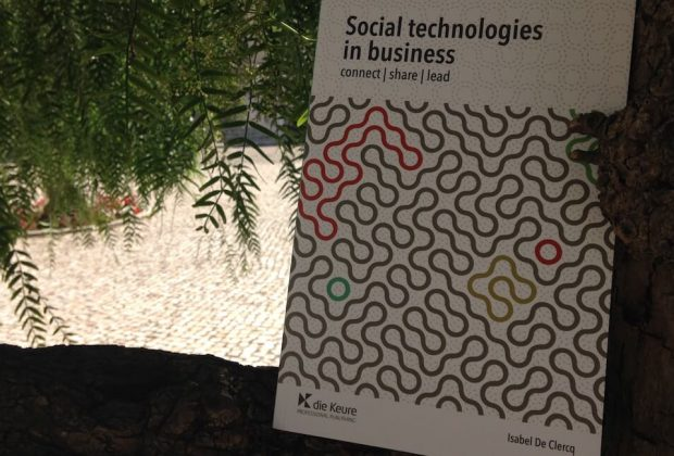 "Livro ""Social technologies in business"""