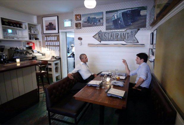 Justin Trudeau conversa com Barack Obama sobre o papel dos jovens líderes nas suas comunidades