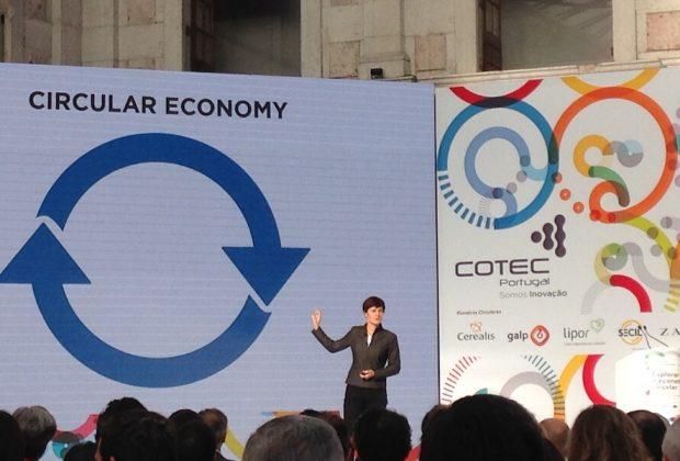 Ellen MacArthur no palco da COTEC