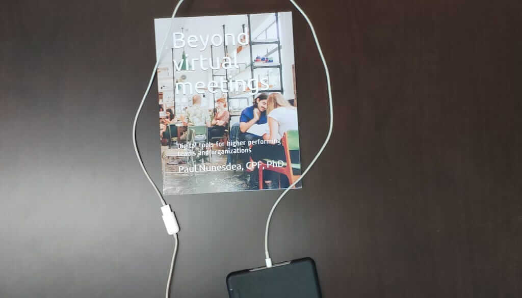 Beyond Virtual Meetings - foto do livro